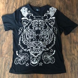 Zara man black and white tiger graphic tee